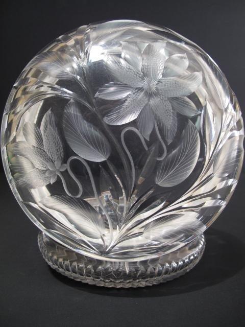 20: VINTAGE AMERICAN ART DECO CUT GLASS POWDER JAR