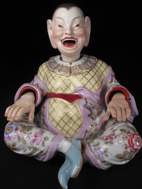 229: ANTIQUE MEISSEN PORCELAIN CHINAMAN NODDER c1860s
