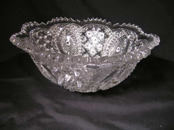 429: EARLY AMERICAN PATTERN GLASS BOWL PRESSED