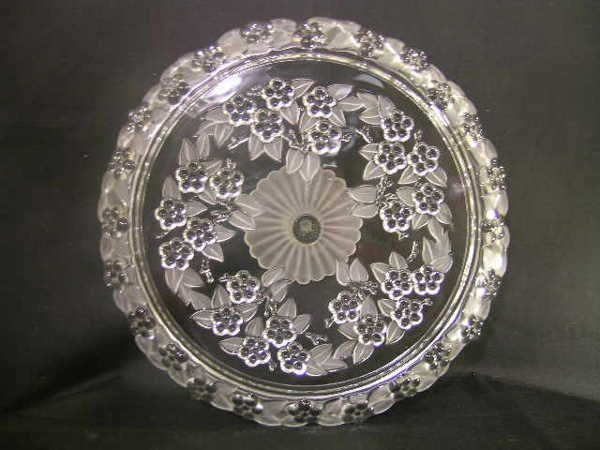 438: PRETTY FROSTED GLASS CAKE PLATE STAND