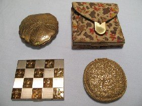 LOT OF FOUR VINTAGE ASSORTED LADIES COMPACTS WALLE