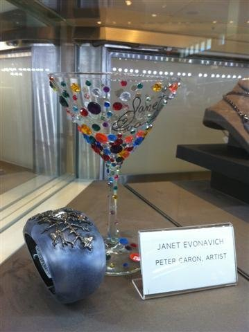 4: NIFF CELEBRITY MARTINI GLASS: JANET EVANOVICH