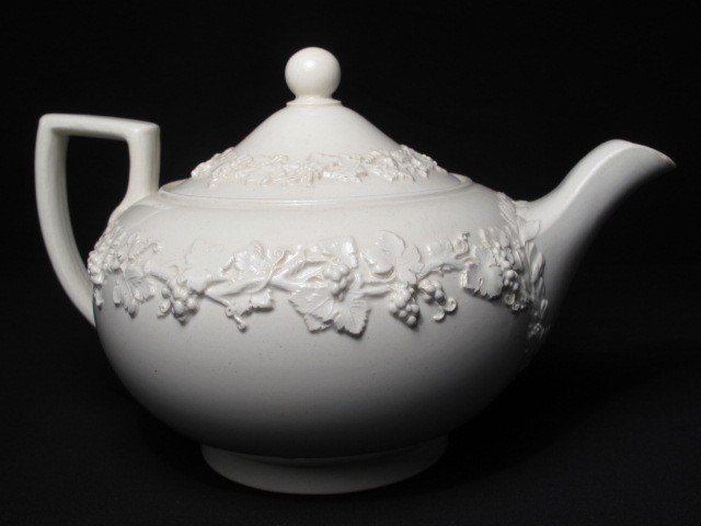 6: GROUP WEDGWOOD QUEENSWARE CHINA - 4