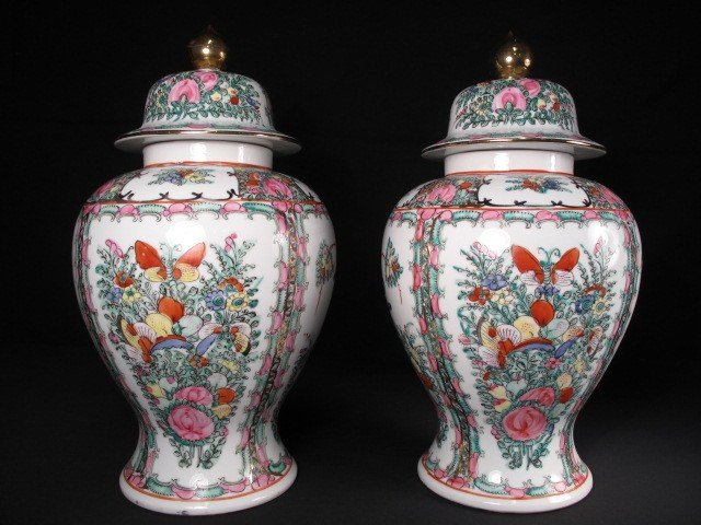 8: PAIR CHINESE ROSE MEDALLION GINGER JARS