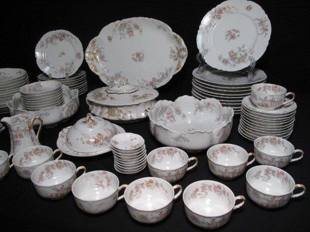 262: HAVILAND LIMOGES FINE CHINA DINNERWARE SET 93 PCS - 3