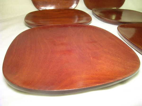 562: MONKEY POD WOOD HAITIAN WOOD PLATES 6 pc - 7