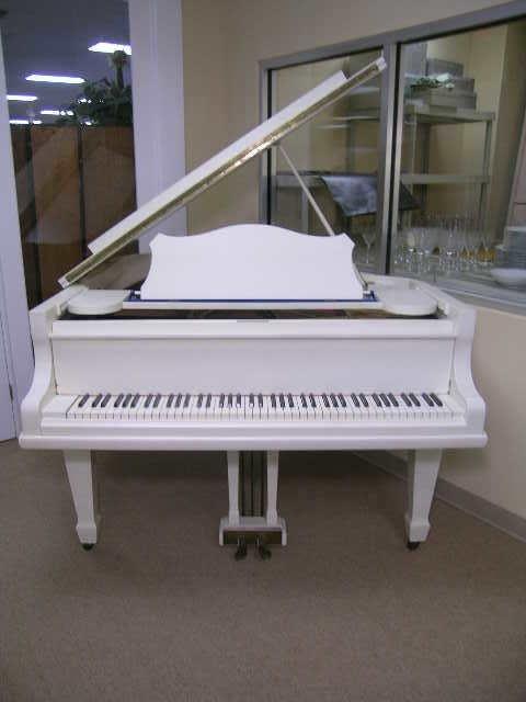 755: GERMAN V BERDUX BABY GRAND PIANO WHITE FINISH