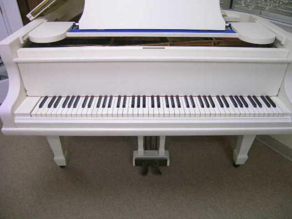 755: GERMAN V BERDUX BABY GRAND PIANO WHITE FINISH - 2