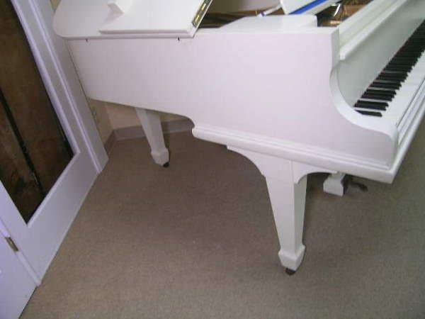 755: GERMAN V BERDUX BABY GRAND PIANO WHITE FINISH - 9