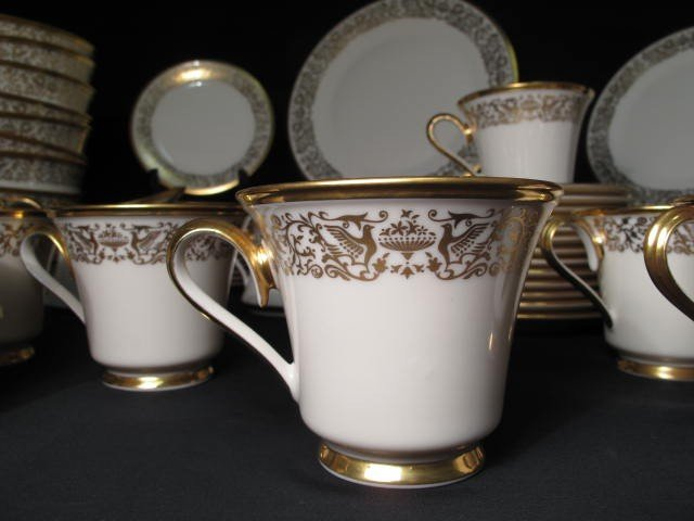 12: LENOX FINE CHINA DINNERWARE: TUSCANY PATTERN 78 PCS - 3