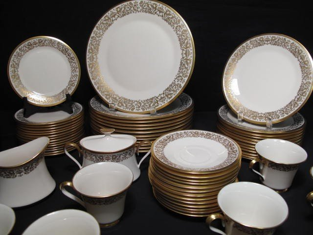 12: LENOX FINE CHINA DINNERWARE: TUSCANY PATTERN 78 PCS - 4