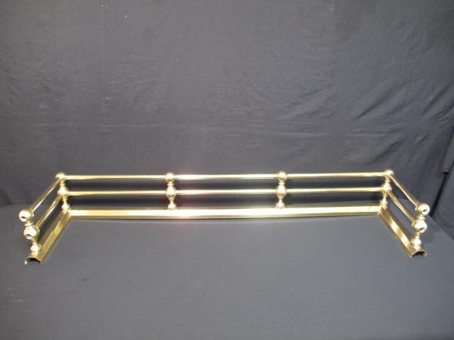 24: 19TH CENTURY BRASS FIREPLACE FENDER