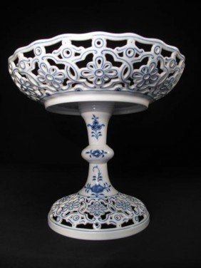 MEISSEN RETICULATED PORCELAIN COMPOTE