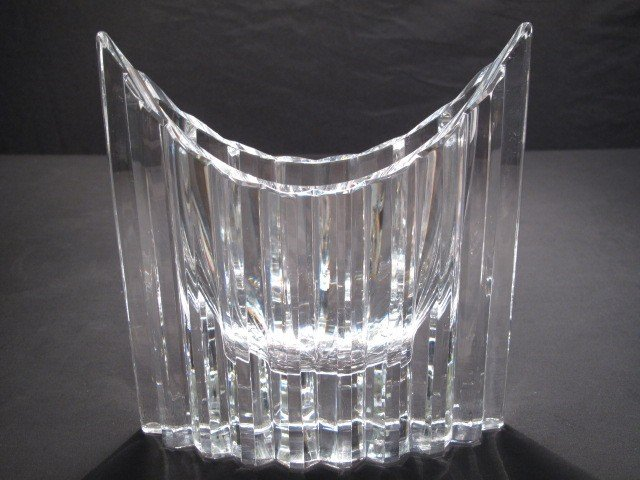 141: CUT CRYSTAL CENTERPIECE BOWL SIGNED