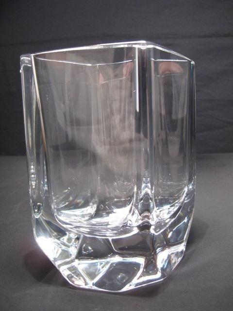 144: KOSTA BODA CUT CRYSTAL ART GLASS VASE