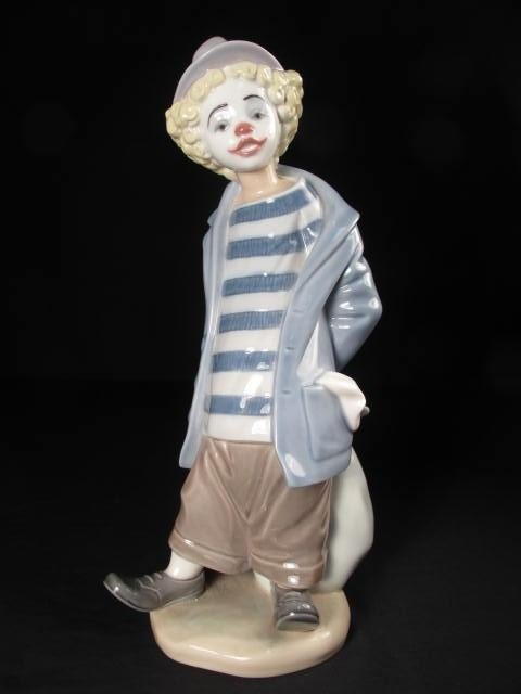 23: LLADRO COLLECTORS SOCIETY 1986 PORCELAIN FIGURE