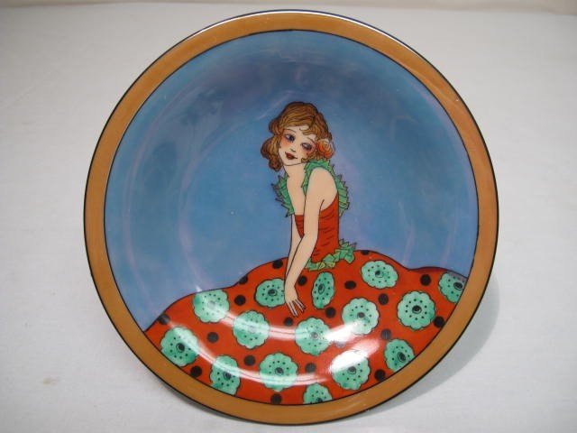 65: NORITAKE ART DECO TAZZA: FLORAL DRESS