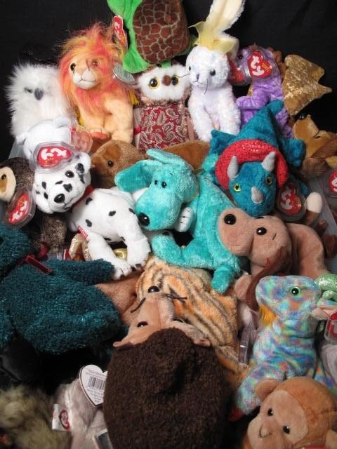 6: ENORMOUS LOT OF BEANIE BABIES 320+ - 6