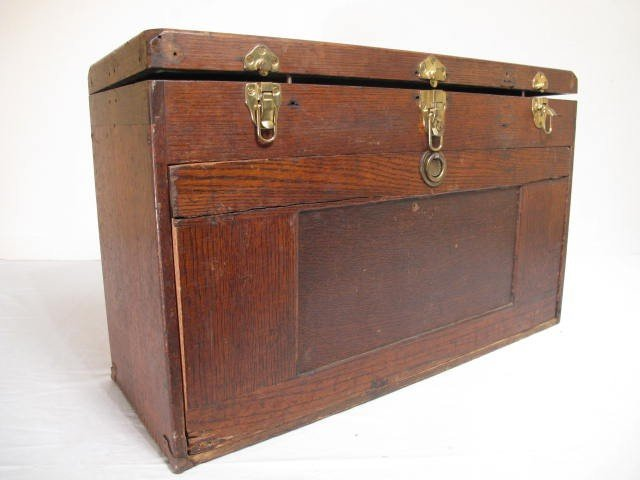 109: ANTIQUE WOODEN MACHINISTS TOOLBOX