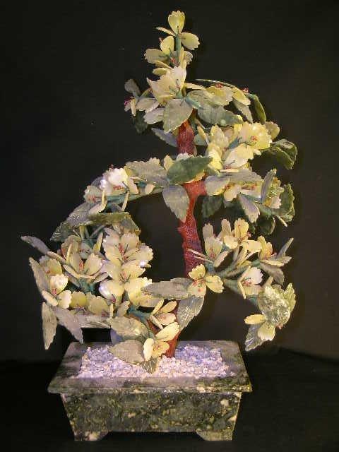 362: VINTAGE QUARTZ AND JADE JADEITE TREE