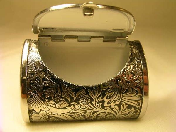 459: M F A STERLING SILVER PURSE SHAPED PILL BOX - 2
