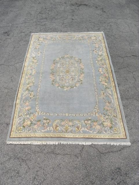 18: INDIAN WOOL PILE FLORAL AREA RUG - 9' x 5'8""