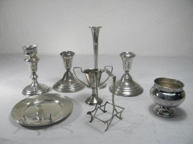 ASSORTED STERLING SILVER ITEMS: CANDLESTICKS ETC