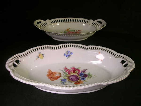 12: GERMAN PORCELAIN RETICULATED VEGETABLE GILT DISHES