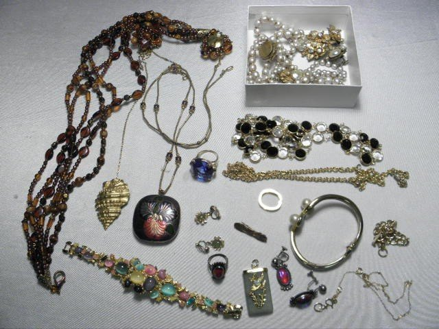 226: ASSORTED LADIES COSTUME JEWELRY: STERLING, ETC