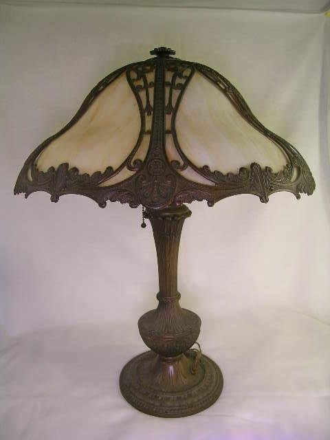 558: ANTIQUE SLAG GLASS PANEL LAMP M L COMPANY