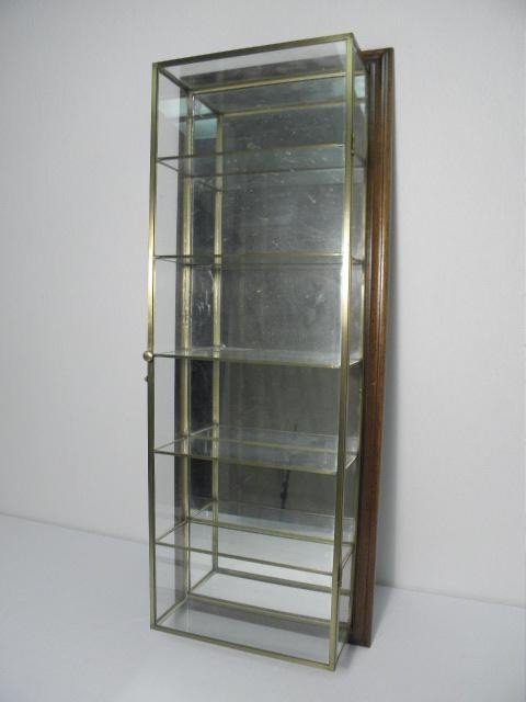 8: STUDIOCRAFT SMALL SIX TIER WALL CURIO