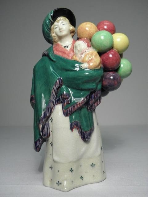54: ROYAL DOULTON PORCELAIN FIGURINE: THE BALLOON SELLE