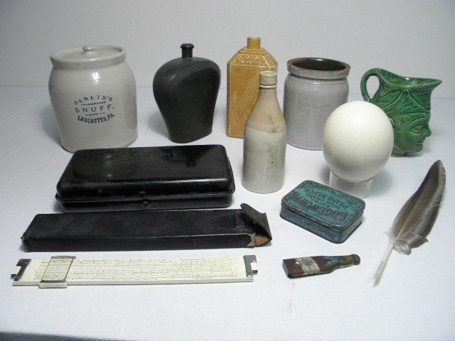 92: ASSORTED POTTERY & ANTIQUE COLLECTABLES 12 PCS