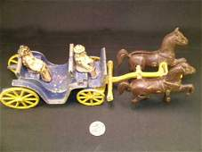 807 ANTIQUE CAST IRON HORSE DRAWN CARRIAGE TOY