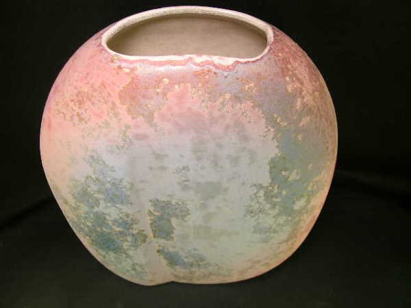 816: PINK WHITE RAKU ART POTTERY VASE BY EVANS