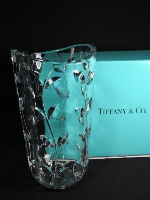 14: TIFFANY & CO CRYSTAL VASE