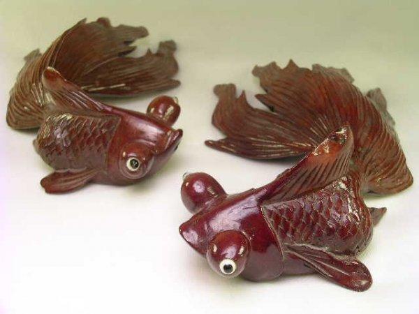1165: CARVED ROSEWOOD KOI GOLDFISH FISH 2 PCS