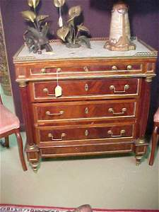 613: ANTIQUE CONTINENTAL MARBLE TOP CHEST