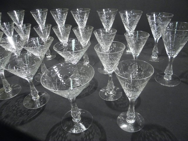 6: ENGRAVED CRYSTAL HOLLOW STEM WINE GLASSES: 30 PCS - 3