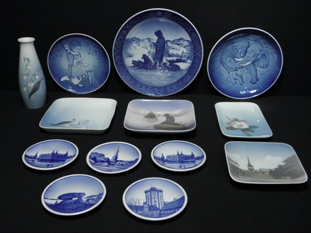 14: ASSORTED PORCELAIN DISHES: BING & GRONDAHL ROYAL CO