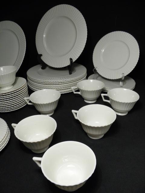 "105: LENOX ""TEMPLE OFF-WHITE"" PARTIAL DINNERWARE SERVIC - 3"