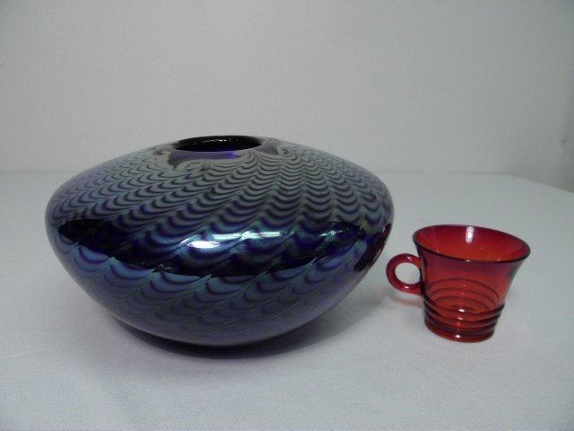 301: BRUCE FREUND PULLED COBALT ART GLASS VASE - 5