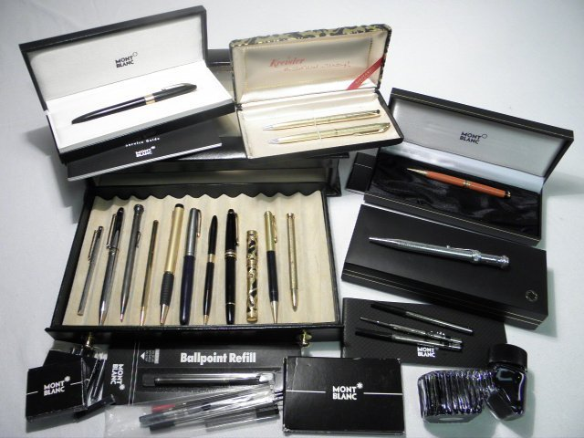 628: COLLECTION OF ASSORTED PENS: MONTBLANC, PARKER, ET
