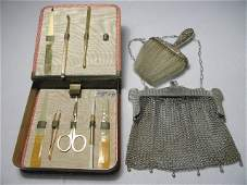 ASSORTED VINTAGE LADIES VANITY ITEMS PURSE BRUSH ETC