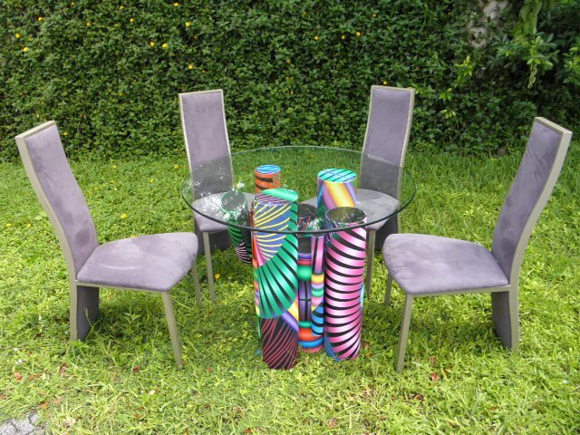 GEORGE SNYDER SCULPTURAL TABLE & FOUR ELITE CHAIRS