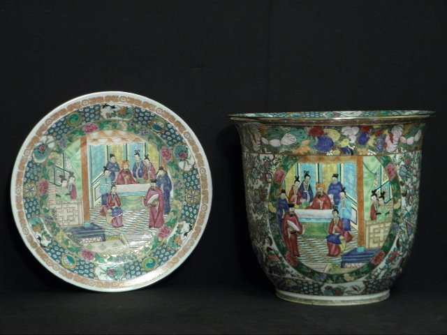 20TH C CHINESE FAMILLE ROSE PLANTER & UNDER TRAY