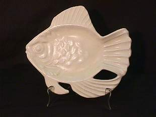 ROOKWOOD ART POTTERY FISH OFFWHITE