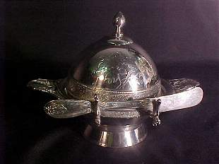 ANTIQUE ENGLISH SILVER PLATE BUTTER DISH