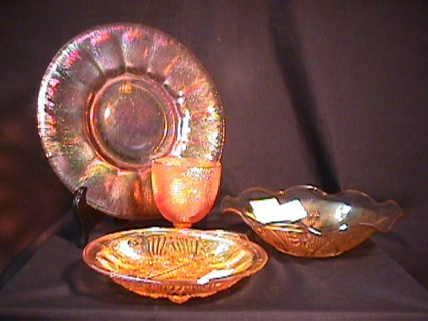 820: CARNIVAL GLASS DIVIDED DISH GOBLET ETC