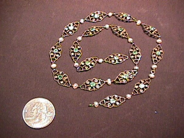 903: ANTIQUE GOLD EMERALD DIAMOND NECKLACE